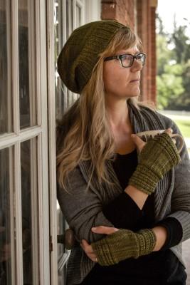 knitting pattern :: Thotful Spot Hand Wamers