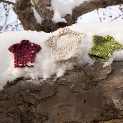 Wee sweaters free pattern