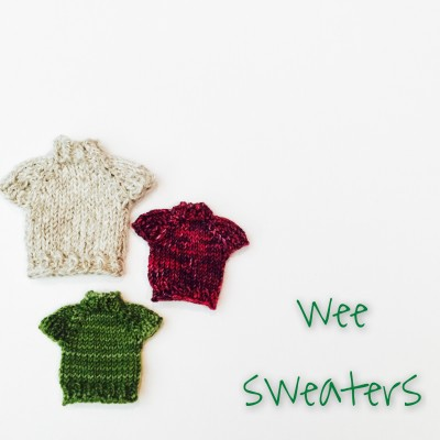 Wee sweaters free knitting pattern