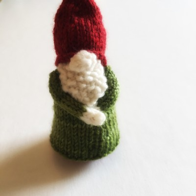 cranky knitted gnome