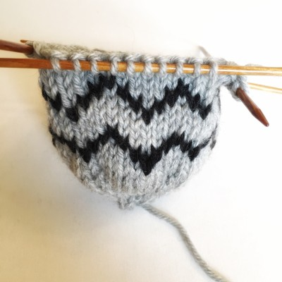 knitting the pomball tutorial